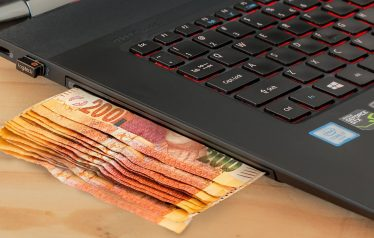 Online Gambling Continues to Surge